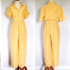 ☾ Vintage silk pastel yellow play set